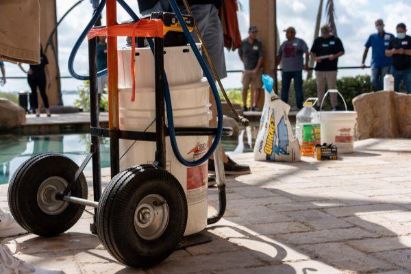pail-pump-in-cart
